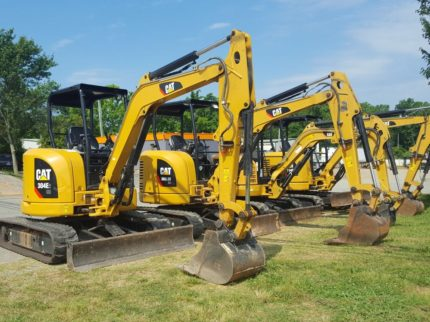 Excavators-for-Rent-in-Charlotte-by-Latino-Rentals